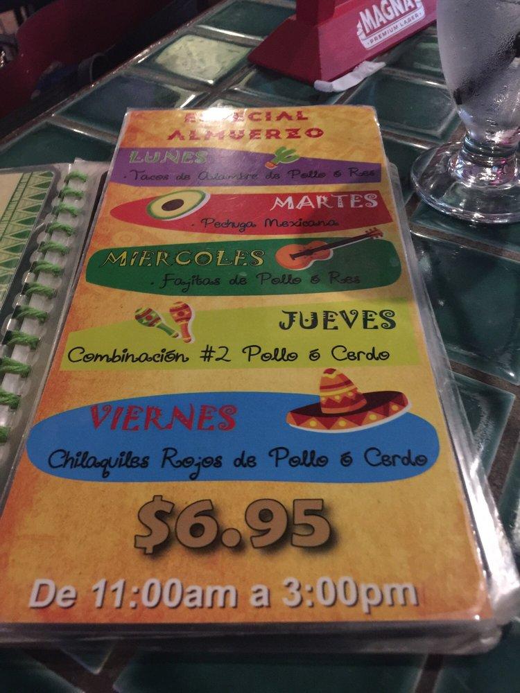 La Casita Mexicana: Avenida Esmeralda, Guaynabo, PR