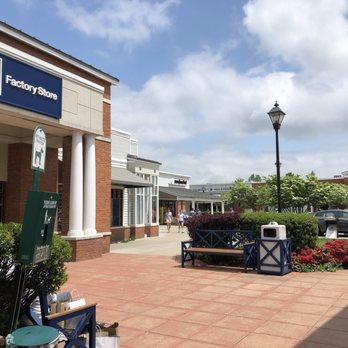 0c8b79bac5 Photo of Leesburg Corner Premium Outlets - Leesburg, VA, United States.  Outside Gap