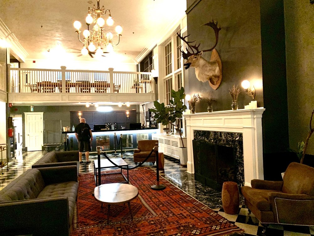 Hood River Hotel: 102 Oak St, Hood River, OR