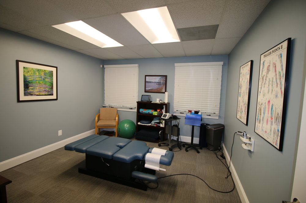 NOVA Chiropractic & Wellness Center: 5288 Lyngate Court, Burke, VA