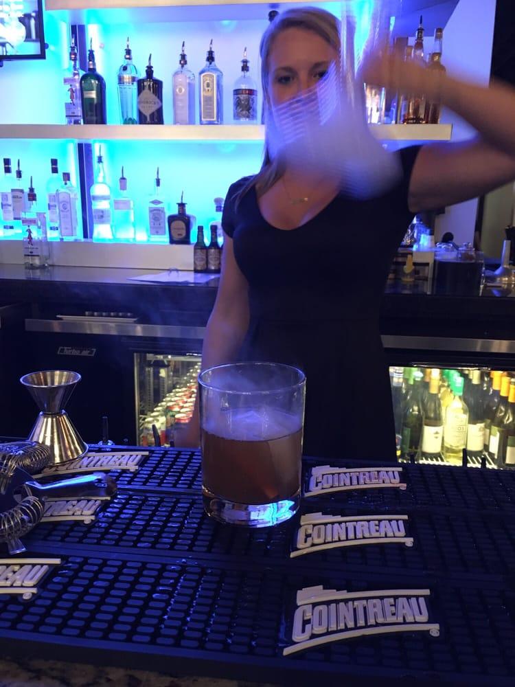 Caseys Craft Bar