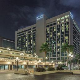 Hyatt regency jacksonville riverfront 256 photos 154 reviews hotels 225 east coast line for 3 bedroom hotels in jacksonville fl