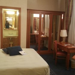 2461cc76d8290 Best Western Premier Hotel Cappello D Oro - Hotels - Viale Papa Giovanni  XXIII 12