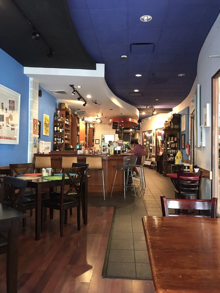 Café Poético: Calle Cruz 203, San Juan, PR