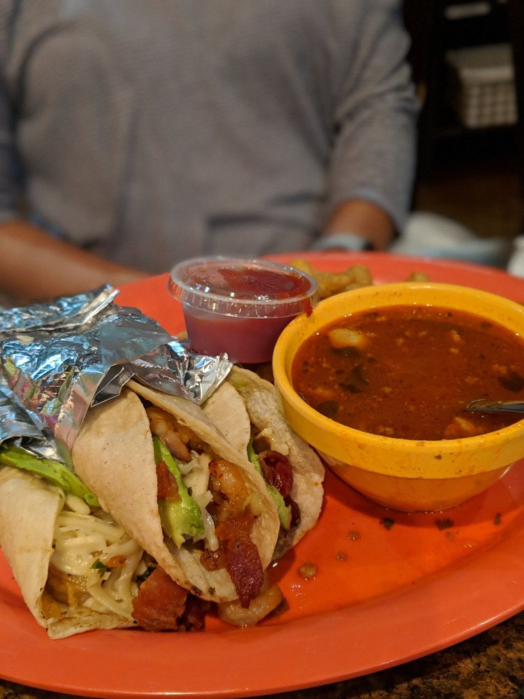 Taqueria Chalupas: 17926 Hwy 3, Webster, TX