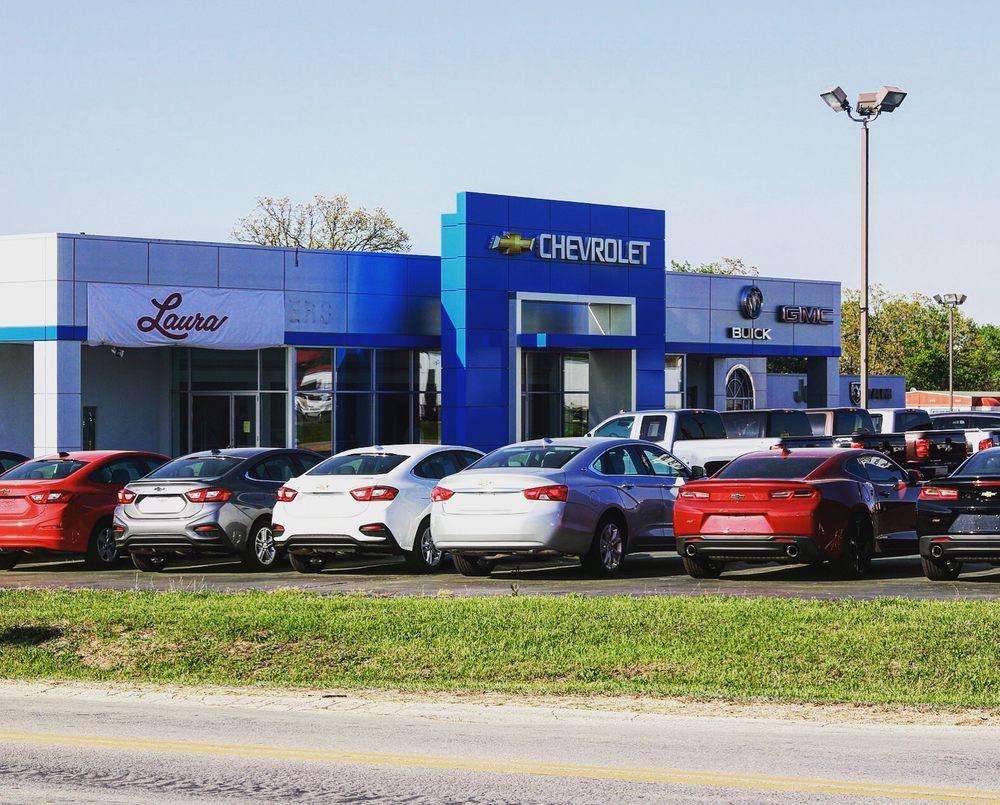 Laura Chevrolet Buick GMC: 3 N Service Rd, Sullivan, MO