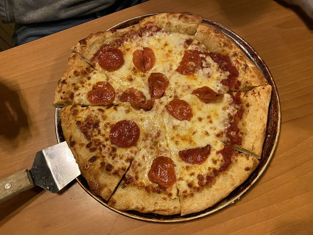 Anderson's Pizzeria: 1411 Campbellsville Rd, Columbia, KY