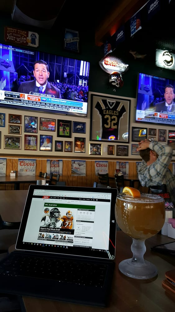 Very Ready For The Nfl Draft With A Draft Beer Yelp