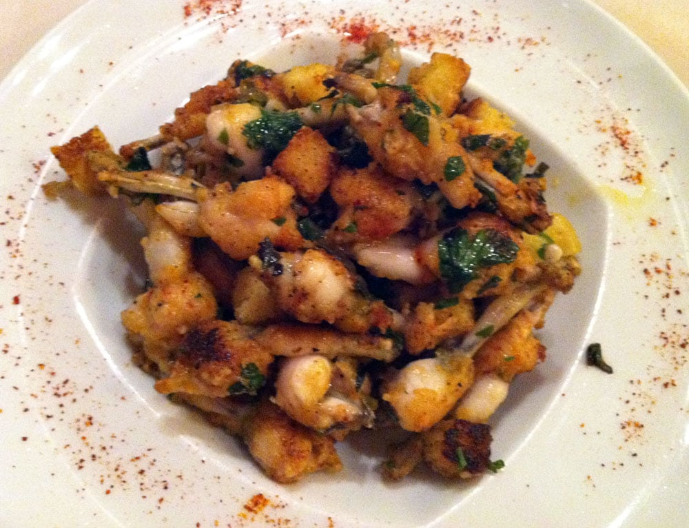 Frog legs yelp for Roger la grenouille
