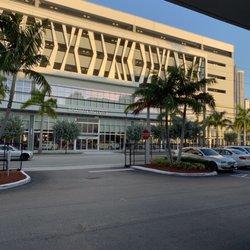 Braman Bmw Miami >> Braman Bmw 95 Photos 274 Reviews Car Dealers 2060