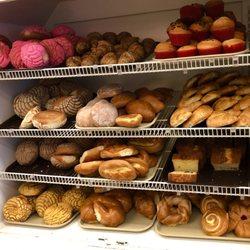 Manolos Bakery 75 Photos 58 Reviews Bakeries 4405 Central