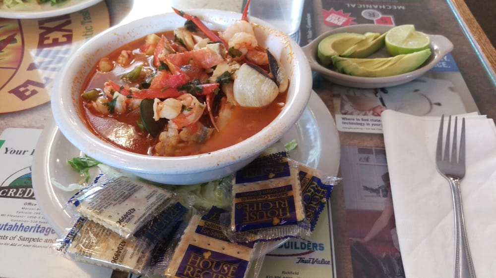 El Mexicano Restaurant: 1425 S State St, Salina, UT
