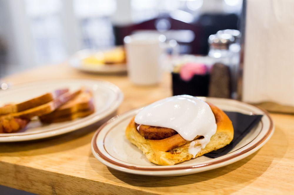 Honey Butter's Kitchen: 7521 Richmond Rd, Williamsburg, VA