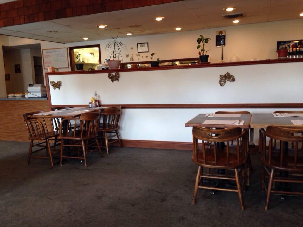 Corral Restaurant & Lariat Room: 120 S Main St, Warden, WA