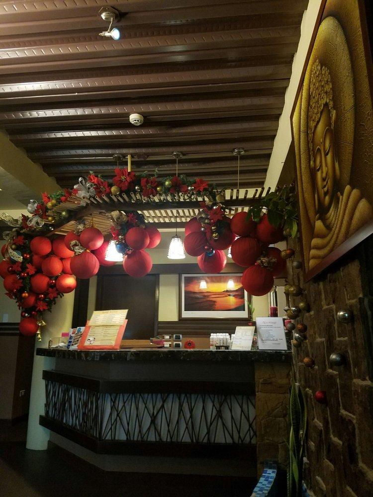Grand Royale Spa: Dr. V. Locsin Street, Dumaguete, NER