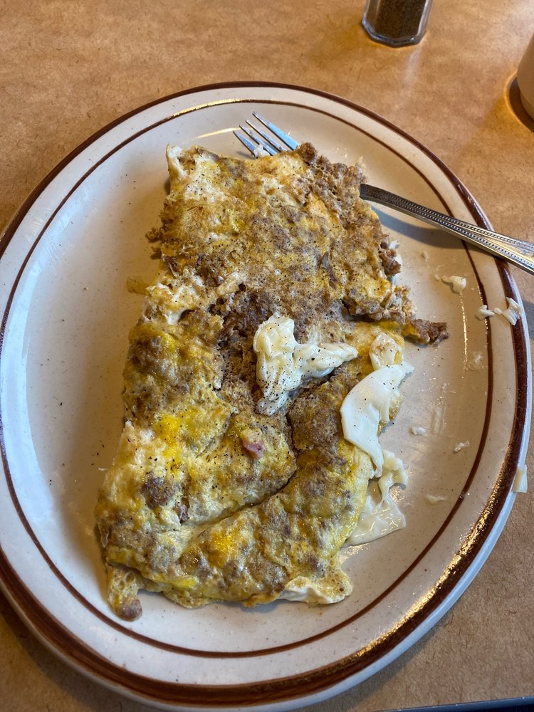 Baker's Diner: 515 N US Hwy 15, Dillsburg, PA