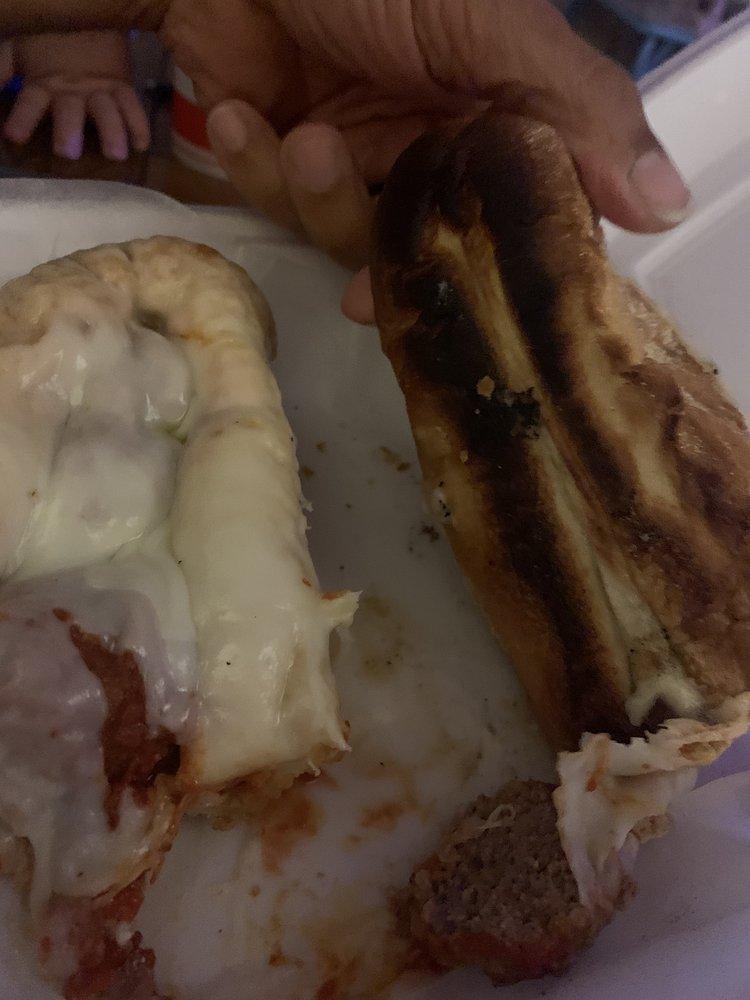 Luna's Pizza and Restaurant: 205 E 1st St, Oakboro, NC