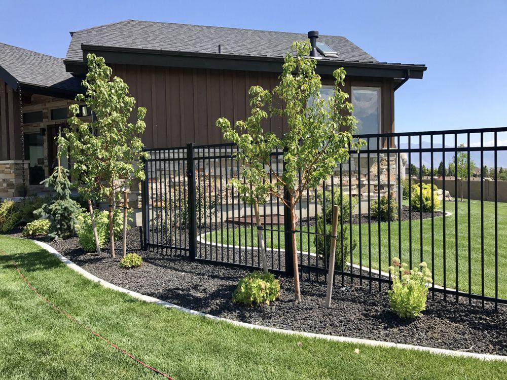Bear Creek Fencing & Backyard: 2126 E Eagle Crest Dr, Draper, UT
