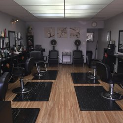 Showoffs hair nail salon hairdressers 4152 voltaire for 7 image salon san diego
