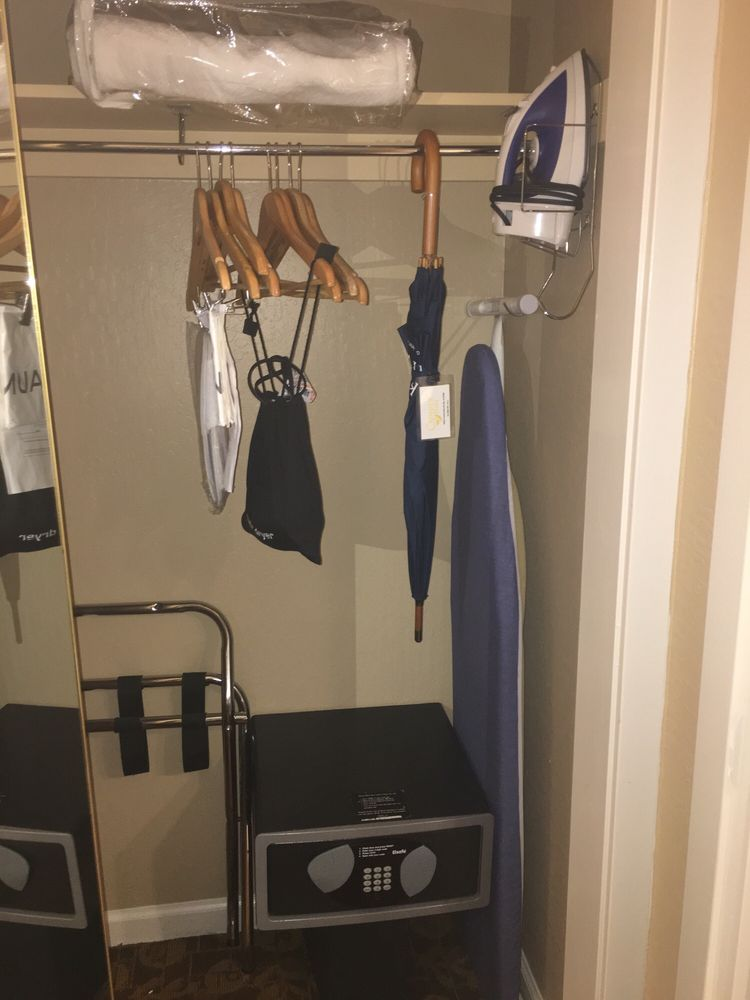 In Room Safe, Iron U0026 Ironing Board, Extra Blanket, Etc ...