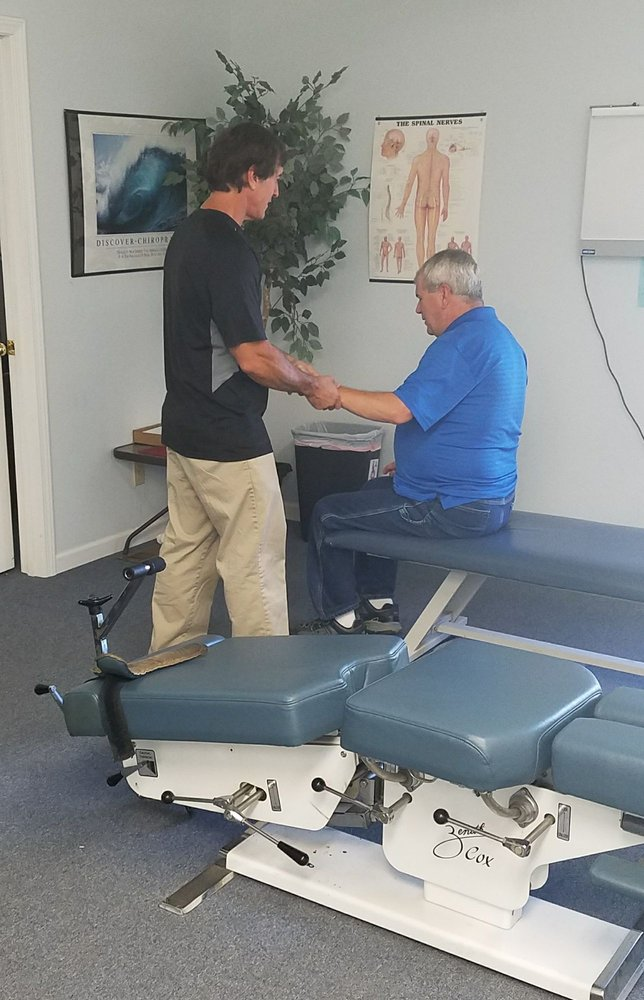 Hometown Chiropractic: 621 S 2nd St, Greenville, IL