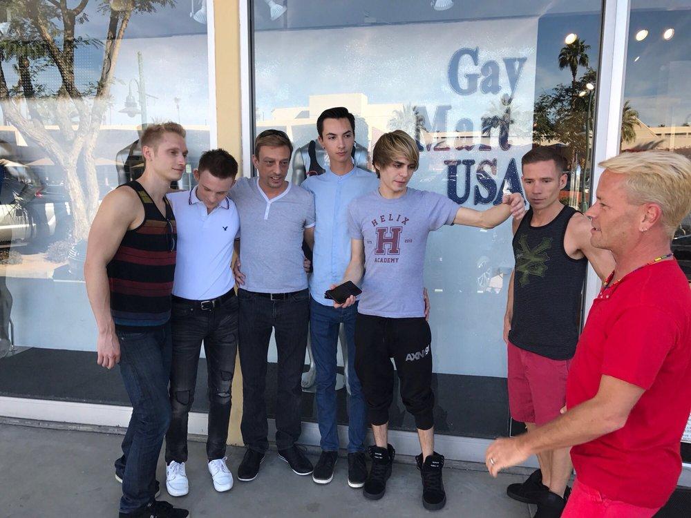GayMartUSA: 305 E Arenas Rd, Palm Springs, CA