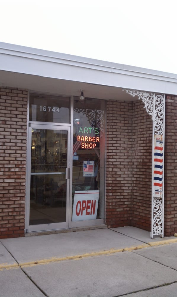 Art's Barber Shop: 16744 E 14 Mile Rd, Fraser, MI