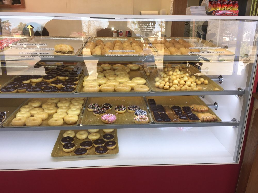 Mount Pleasant Donuts: 507 W Ferguson Rd, Mount Pleasant, TX