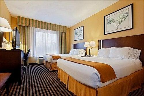 Holiday Inn Express Crockett: 1511 Se Lp, Crockett, TX