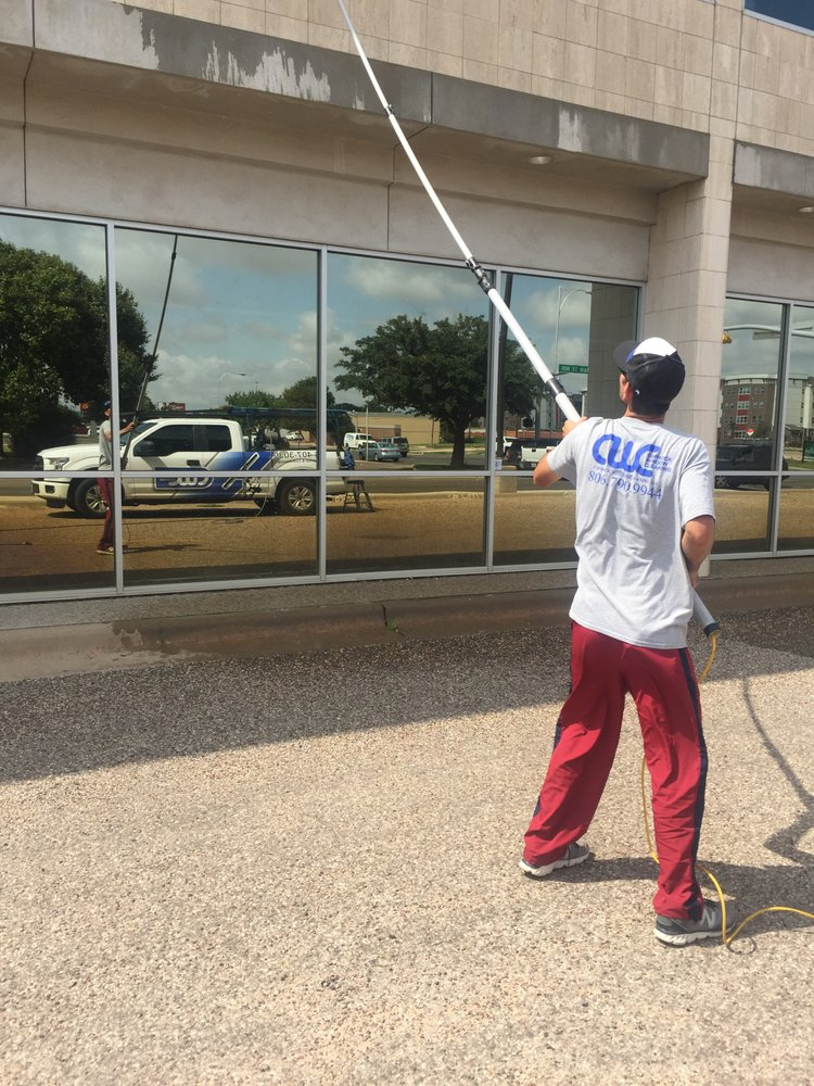 Caprock Window Cleaning: 212 18th St, Lubbock, TX
