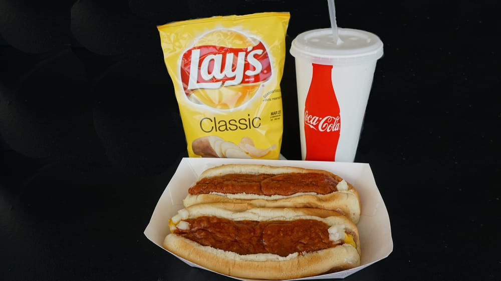 Combo 2 Two Hot Dogs Chips And A Drink Yelp