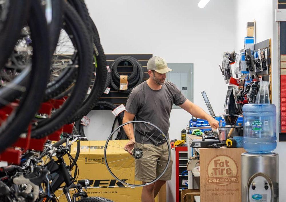 Fat Tire Cycle & Sport: 317 S Virginia Ave, Bridgeport, WV