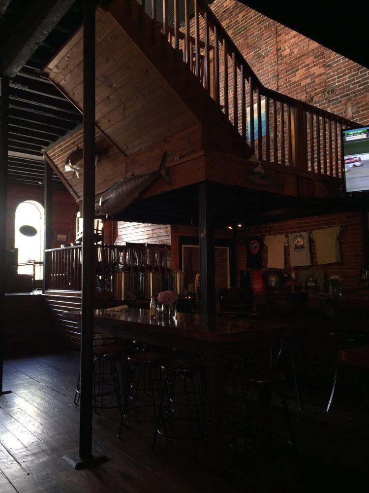 Tight Lines Pub & Brewing Company