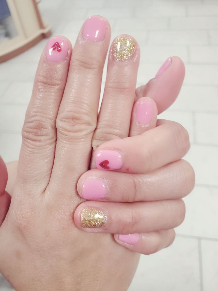 Ultimate Nails