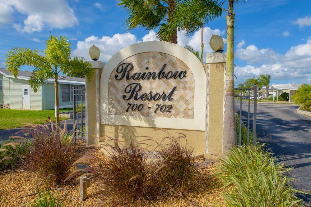Rainbow RV Resort: 700 County Road 630A, Frostproof, FL