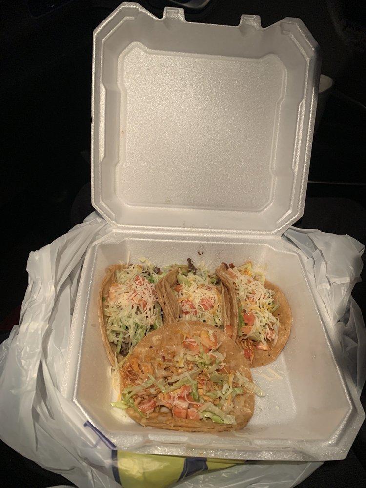 Marisol's Taste of Mexico: W359 N5848 Brown St, Oconomowoc, WI