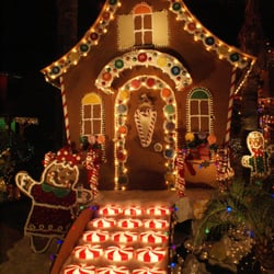foto de wakefield winter wonderland santa clarita ca estados unidos giant gingerbread - Christmas Lights In Santa Clarita