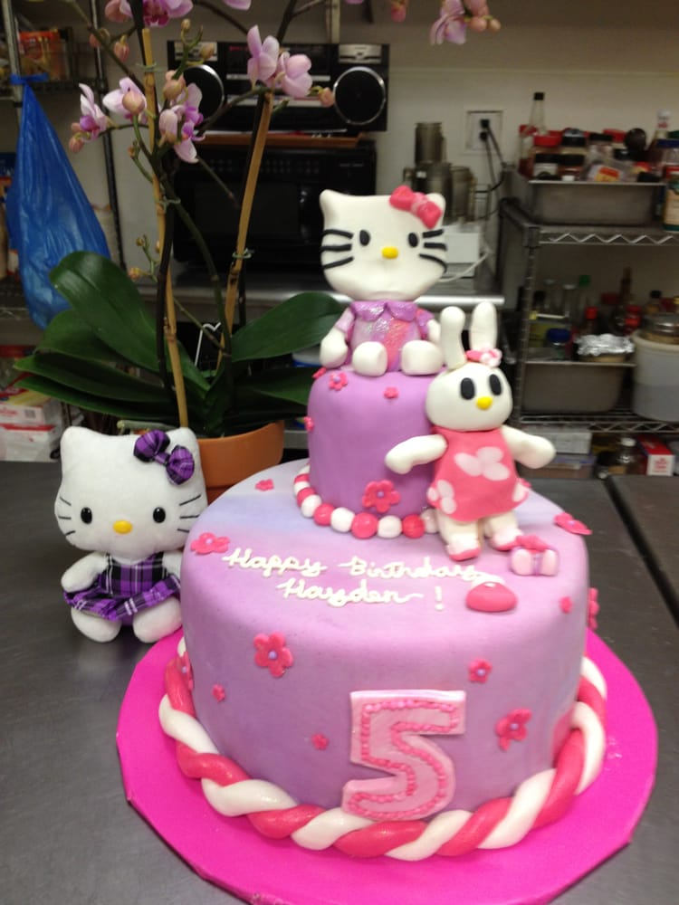 Hello Kitty Cake For An Adorable 5 Year Old Girl Yelp