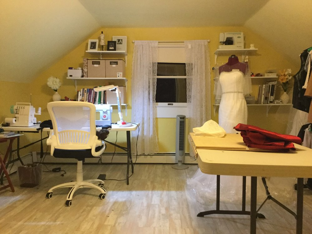 Claires Alterations Studio: 179 Russell Rd, Oakdale, NY