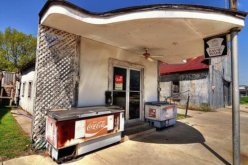 Tex Miller: 104 N Fannin Ave, Cameron, TX