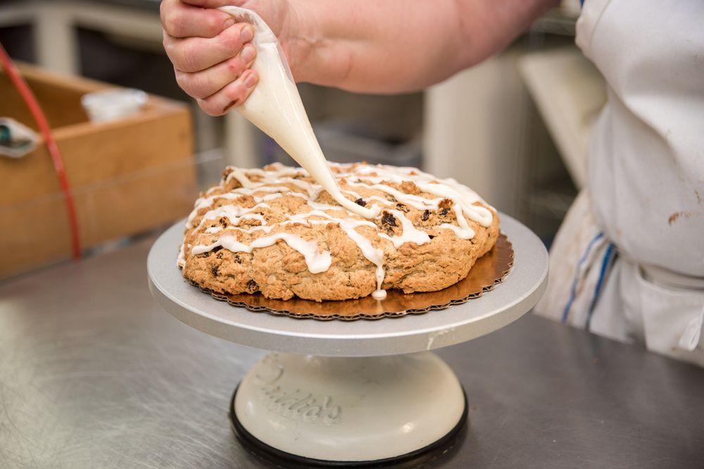 Lynette's Church Street Bake Shoppe: 100 N Church St, Salado, TX