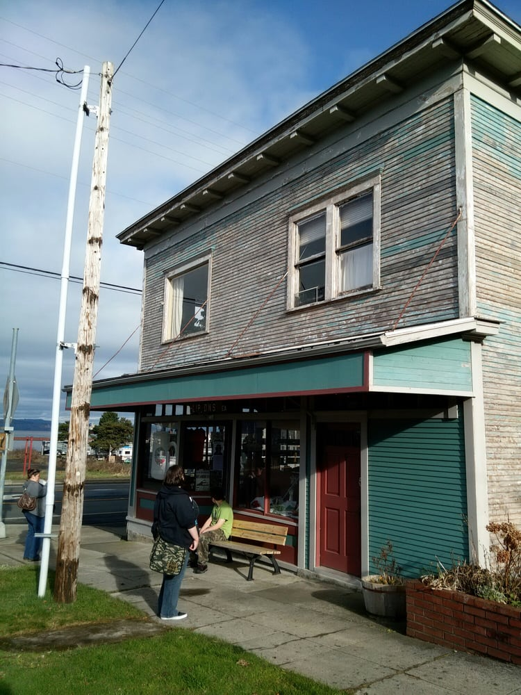 Astoria Coffee: 304 37th St, Astoria, OR