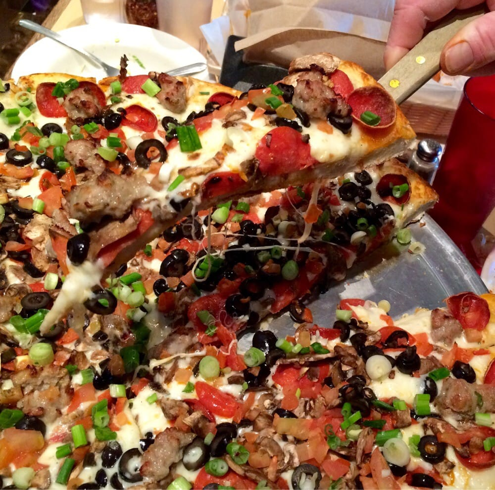 Find a Mountain Mike's Pizza near you!