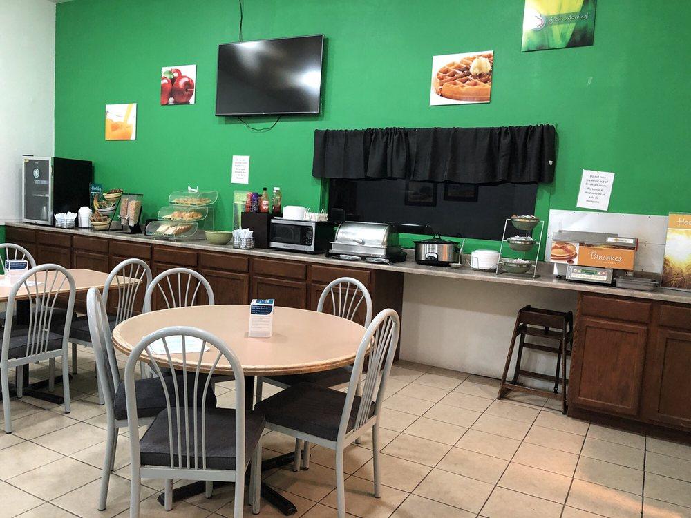 Photo of Quality Inn: Colby, KS
