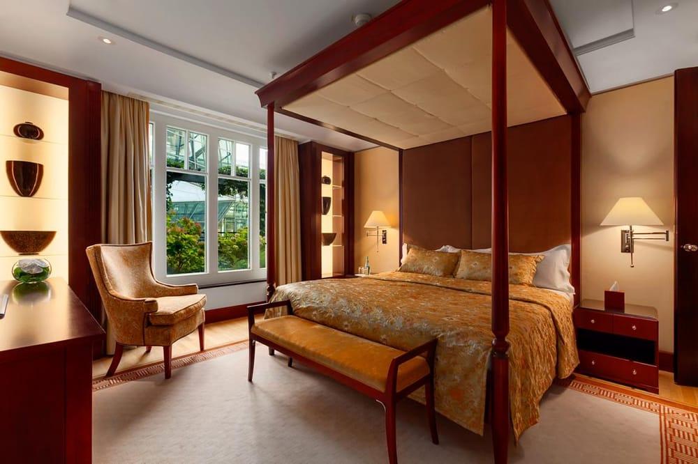 photo of hotel adlon kempinski berlin germany berlin suite schlafzimmer