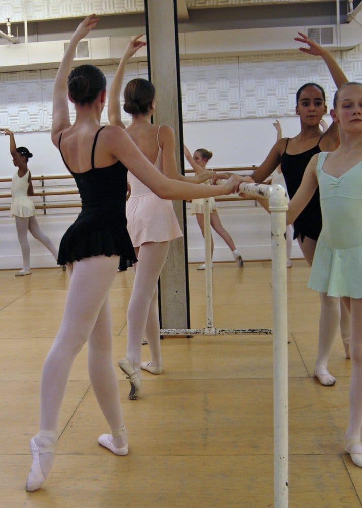Conservatory Ballet: 2254 Hunters Woods Plaza Rd, Reston, VA
