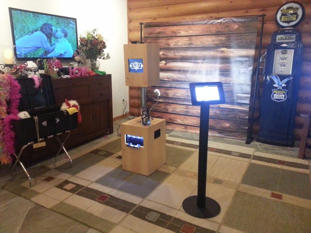 Store Fixtures Shelving & Retail Displays in Toronto