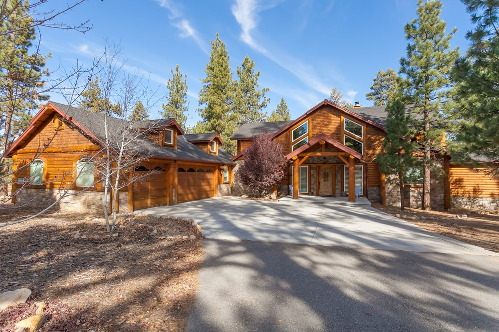 Meadowbrook estate exterior yelp for Cabins big bear lake ca