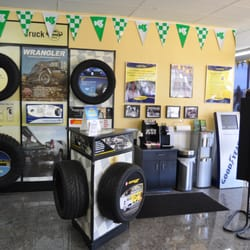 Acorn Tire 15 Photos 54 Reviews Tires 6200 N Lincoln Ave