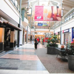 Dulles Town Center is located immediately off the easily accessible intersection of Virginia Routes 7 and 28 in Dulles, Virginia. History. Established in Dulles Town Center was created to become one of Northern Virginia's largest shopping, dining and entertainment destinations. 3/5(94).